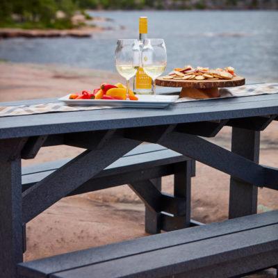 Underhållsfritt picknickbord för utomhusbruk året runt